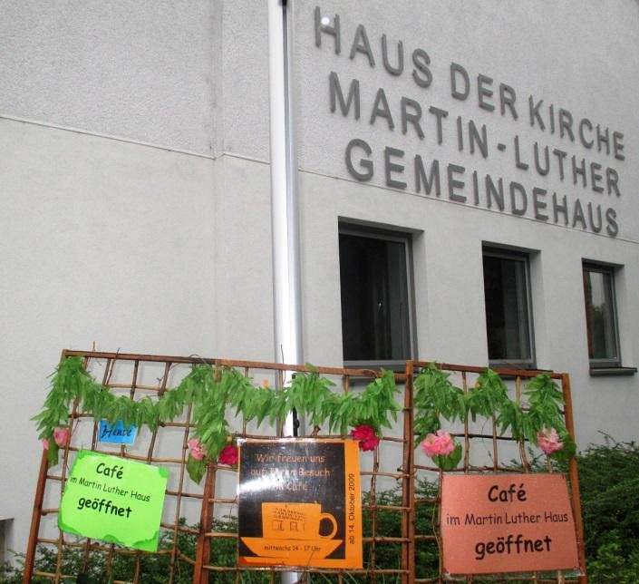 Schilder Mittwochscafé; Quelle: Jürgen Boysen